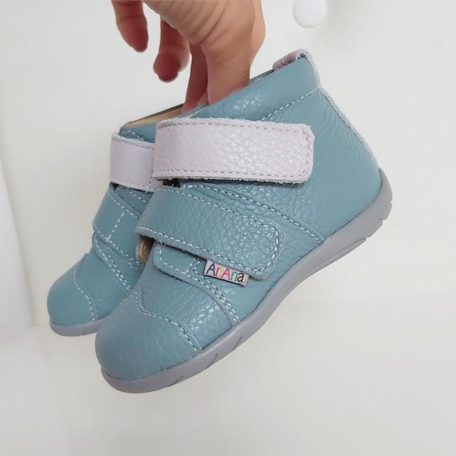 Ankle boots model PENEUS